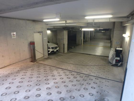 外観 車通勤の方にも安心な駐車場です。屋内駐車場ですので雨の日も乗り降りがしやすく車も汚れにくいです。 4台空きあり(11月16日現在) ※区画サイズあり、駐車場の空き状況は変動します。